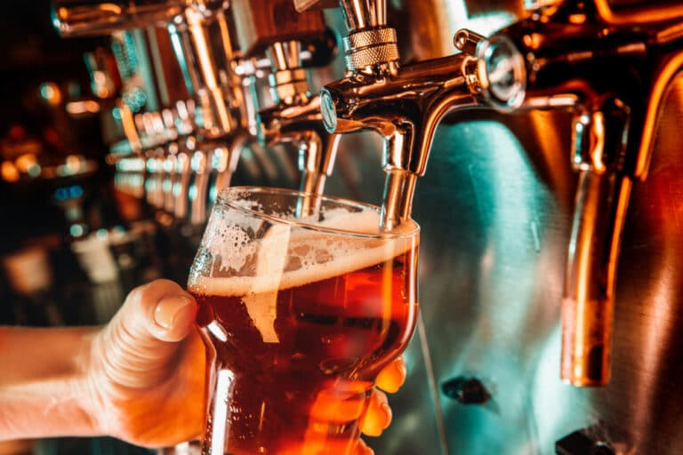Visit one of these 6 incredible kalamazoo breweries this summer!
